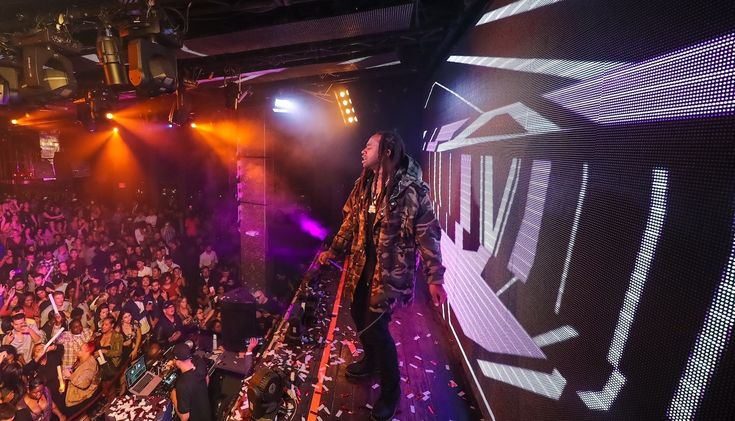New post on Getmybuzzup- Ty Dolla $ign & DJ Carnage at TAO Night Club in Vegas [Photos]- http://getmybuzzup.com/?p=712280- Please Share