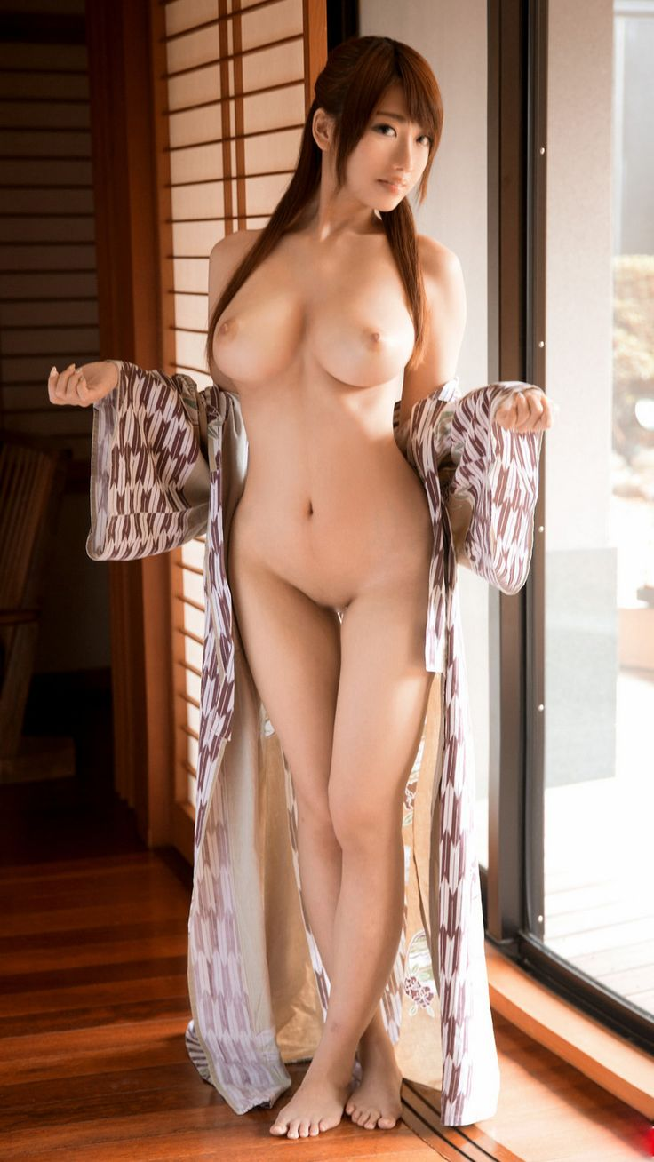 Gorgeous naked japanese girl — photo 14