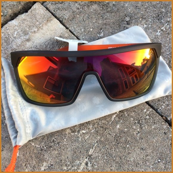✨HP✨SPY FLYNN LAVA FLOW SUNGLASSES Incredibly Cool SPY sunglasses, Flynn SMU Lava Flow with Orange Spectra, grey Spy micro fiber soft drawstring case included, NWT✨HOST PICK by @melodicmistree✨ Spy Accessories Sunglasses
