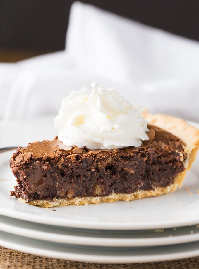 Try this Chewy Chocolate Fudge Pie for an easy and delicious Easter dessert!