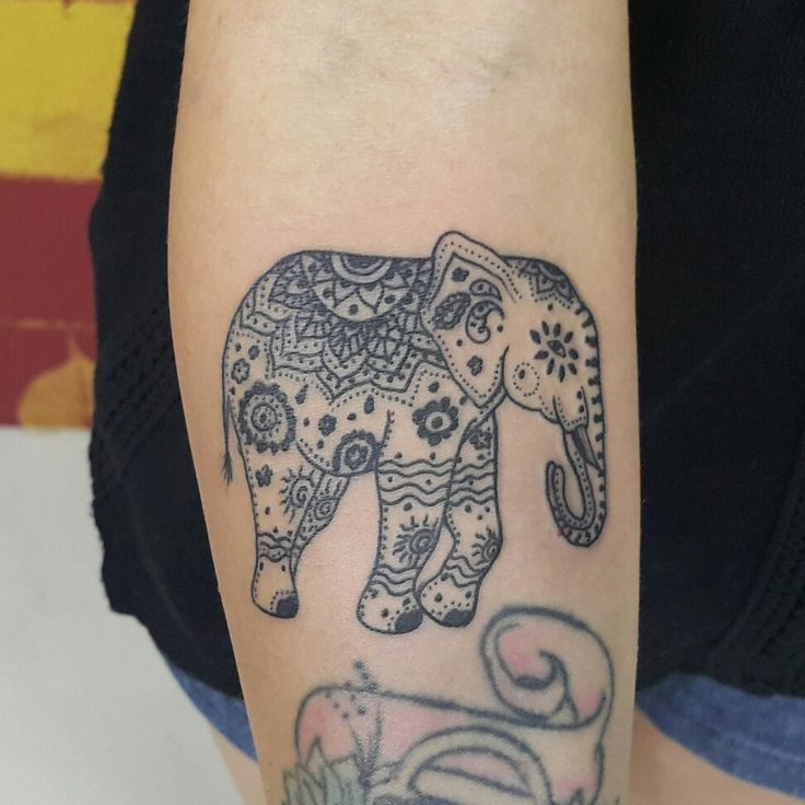 1000 Ideas About Elephant Tattoo Design On Pinterest: 1000+ Ideas About Mandala Elephant On Pinterest