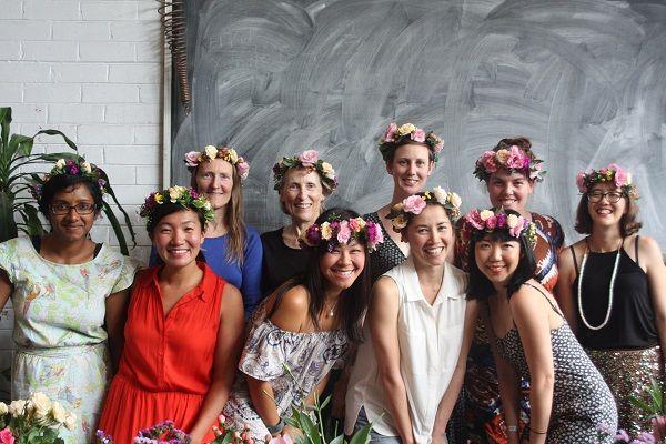 sydney flower crown hen workshop #flowercrownworkshop #sydneyhenparty #sydneyhens
