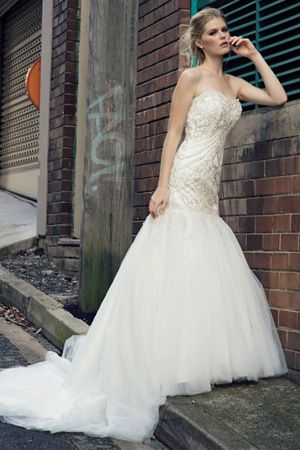brides of adelaide magazine - bridal fashion - henry roth - wedding dress