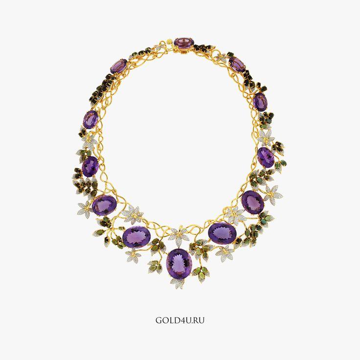 Колье изготовленное на заказ по эскизу, который мы публиковали вчера. Не бойтесь говорить о своих идеях, пусть знак внимания будет полностью в вашем вкусе :)  #GOLD4U #ЮвелирныеУкрашенияНаЗаказ #стиль #высокаямода #колье #Аметист #BespokeJewelry #Jewelry #Necklace #fashion