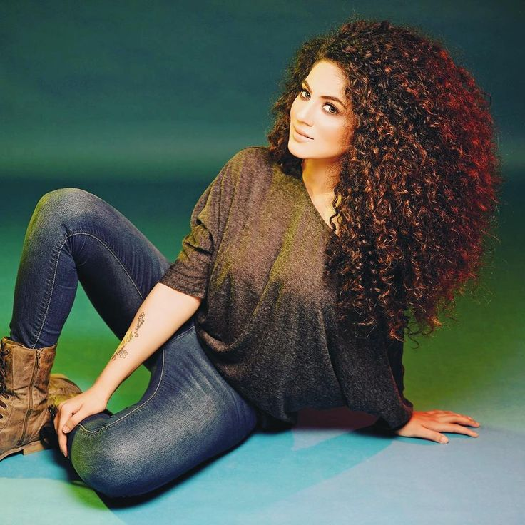 "Big Curly Hair, ""Throwback Thursday cuz it's Thursday in Lahore  big hair bigger dreams!"" @anniecurli"