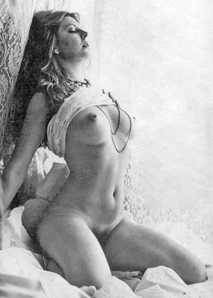 sexy-casandra-peterson-nude