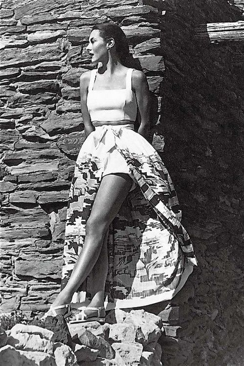 Simply fabulous...1950s summer wear. Designer, photographer, model unknown. A great shot nonetheless. via they roared vintage