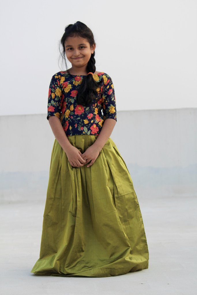 118 best images about pattu pavadai designs on Pinterest | Palazzo pants Skirts and Silk