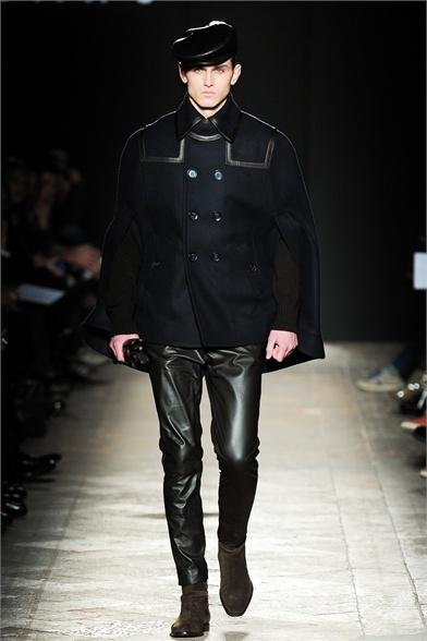 DAKS Milano Moda Uomo Autunno Inverno 2013-14 - Vogue