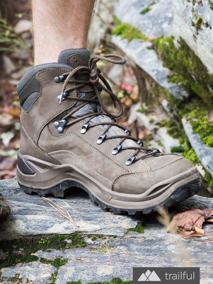 LOWA Renegade GTX Mid: solid traction and excellent stability make this one of our all-time favorite hiking boots