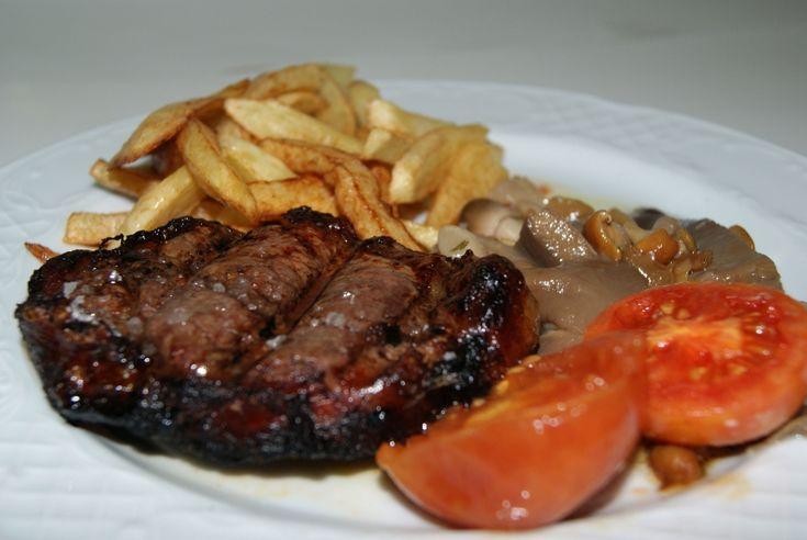 Restaurant Pepet. Especialitats en marisc i #carns a la brasa. #restaurant #Alcanar