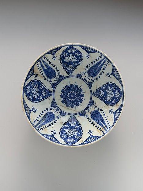 Bowl with Variation of 'Baba Nakkas' Design Object Name: Bowl Date: ca. 1500–1525 Geography: Turkey, Iznik