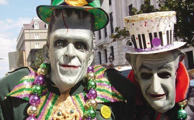 New Orleans, Estados Unidos: festa roxa, verde e dourada O Festival de Mardi Gras é a celebração de Carnaval em New Orleans, nos Estados Unidos. A folia se parece com a brasileira. Tem desfiles de blocos, carros alegóricos, dançarinos. A diferença fica por conta do colorido: roxo, verde e dourado são as cores tradicionais da festa por lá