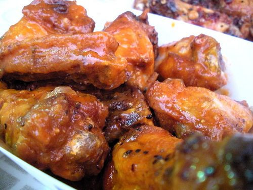 Chicken Wings in Teriyaki Sauce Crock Pot Ingredients:3 pounds skinless chicken wings 1 large onion chopped;1 cup brown sugar;1 cup low sodium soy sauce;1/4 cup dry sherry ,or chicken broth;2 teaspoons ground ginger;1tbsp honey;2 cloves garlic minced