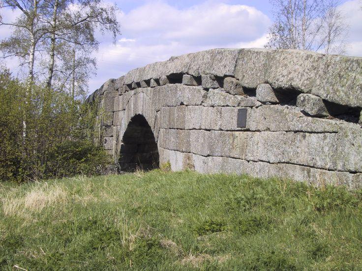 Laihian vanhin kivisilta, Rudon silta, rakennettiin vuonna 1852 Vaasan graniitista.