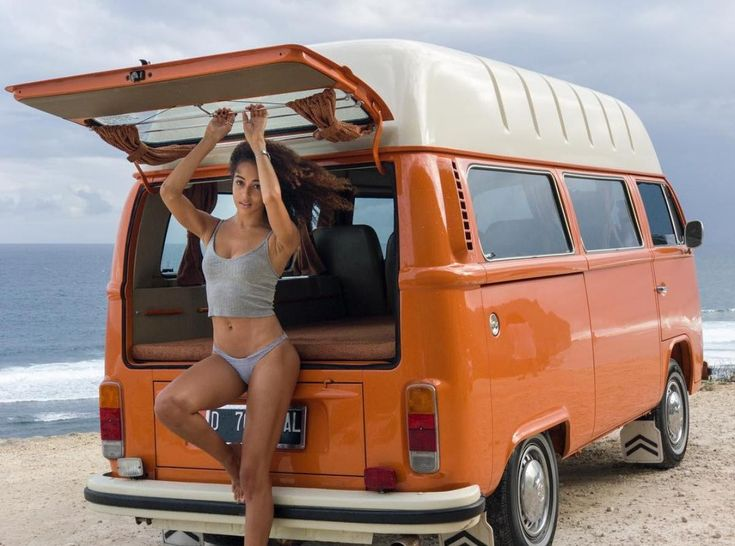 Girls And Kombi Volkswagen Bus Camper Campers Hot Harley Let Me Jerk 1