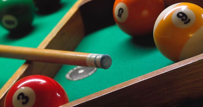 Billiards  Play billiard solo or against a friend (multiplayer). To have a good time playing billiards and show your skills with the cue.