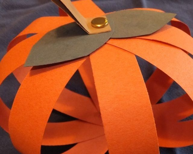 Paper Strip Pumpkins Are A Fun Fall Activity For Kids