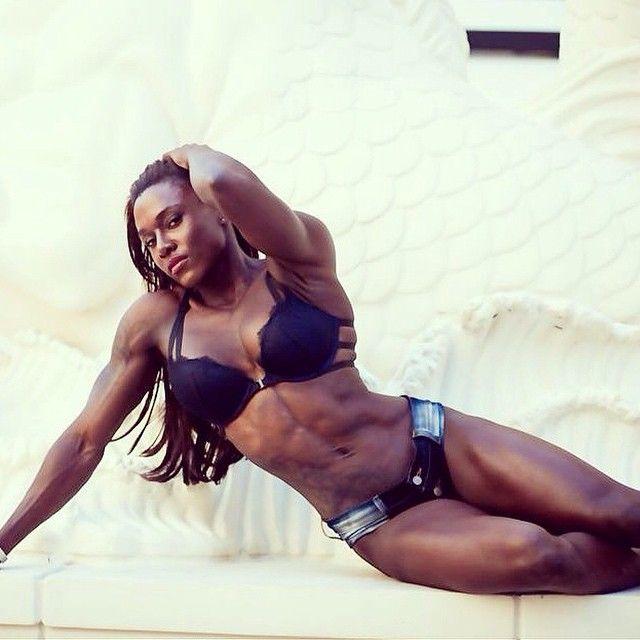 Joan Wilder - Professional Bodybuilder  Female Body -8802