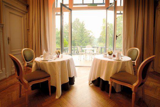 Martin's Manoir #rustiek #rust #victoriaans #landhuis #Belgie #meer #wellness #chateau #gastronomie #tuin #groen #tuinset #tuintafel #reizen #travel #travelbird #weekend