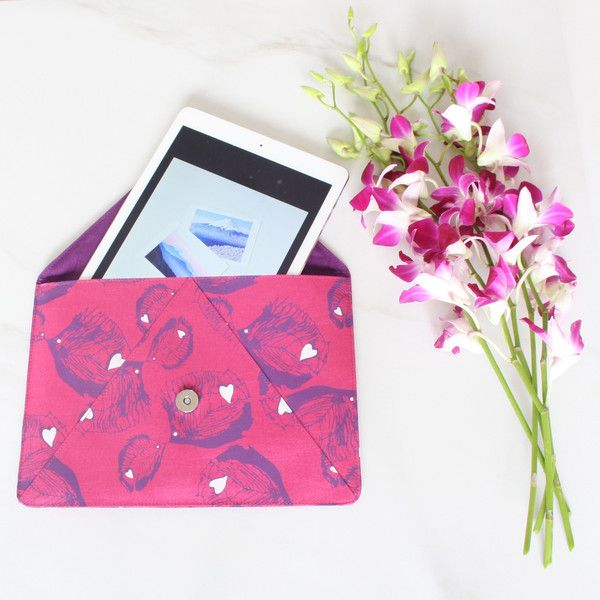 We've released a limited number of Silk Travel iPad Cases from our new Tropical Romance Collection which will launch in 2016. Perfect for tech chic travellers.