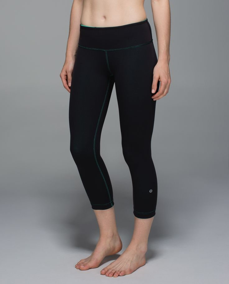 We created these crops to be a no-fuss tight for our yoga practice, but we just couldn't stop wearing them. The second-skin fit makes it easy to check our alignment, and the calf-length leg gives us room to breathe when we're breaking a sweat. And bonus – did we mention they're reversible?