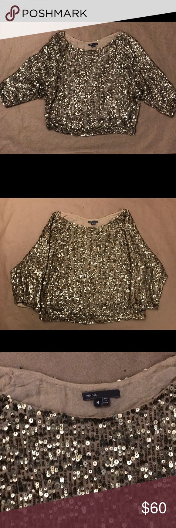 Vince Metallic Gold Sequin Cluster Slouchy Top Vince Metallic Gold Sequin Beaded Shirt Top Blouse Size Medium Vince Tops Blouses