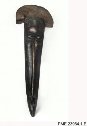 "Maska taneczna ""słoń"", Republika Demokratyczna Kongo / Dancer`s mask 'elephant', Kongo #WorldElephantDay #ethnomuseuminwarsaw #museum #collection #mask #elephant #object #muzeum #africa #kongo"