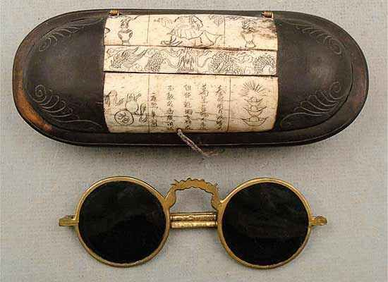 This is the earliest known eyewear, dating back to the Roman Emperor Nero's reign (54 to 68 A.D.). It was said that the emperor watched the gladiatorial games using these lenses. Whether or not they are set in frames is unknown. Additionally, Seneca the Younger, one of Nero's tutors, wrote on how to magnify letters using a water-filled sphere or glass. This invention was possibly used by the emperor as well.