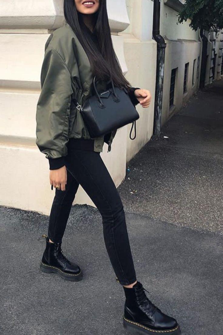Mode femme automne/hiver avec un slim noir, des Do…