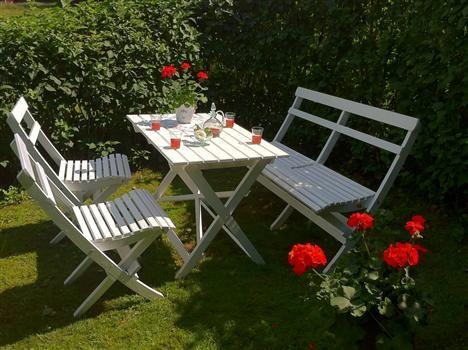 Klassiska trädgårdsmöbler