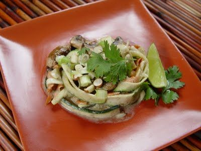 Spicy Pad ThaiRaw Recipes, Pads Thai, Raw Spicy, Pad Thai, Raw Vegan, Spicy Pads, Food Recipe, Vegan Food, Raw Food