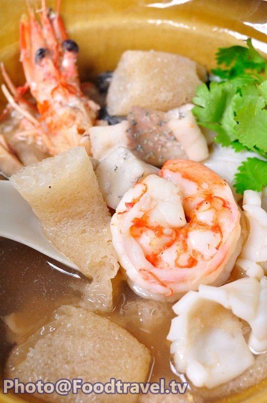 Bamboo Fungus (Soup Yuer Pai Ruam Talay) - FoodTravel.tv Recipe