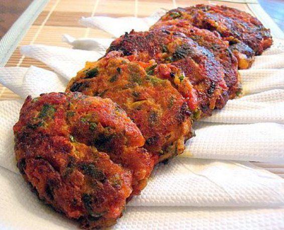 tomatokeftedes-fried-tomato-balls
