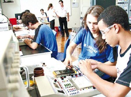 Senai abre 1.118 vagas em cursos gratuitos