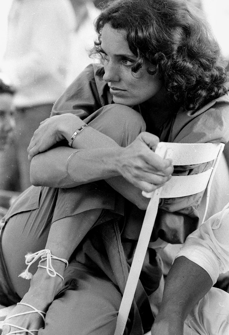 "Margaret Trudeau, the wife of the former Canadian Prime Minister Pierre Trudeau, during the filming of ""The Guardian Angel"" in 1978. (Photo: Francis Apesteguy/Getty Images)"