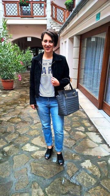 VGRV blog, striped t-shirt, Paris t-shirt, light blue denim jeans, black mules, black suede jacket, grey leather bag