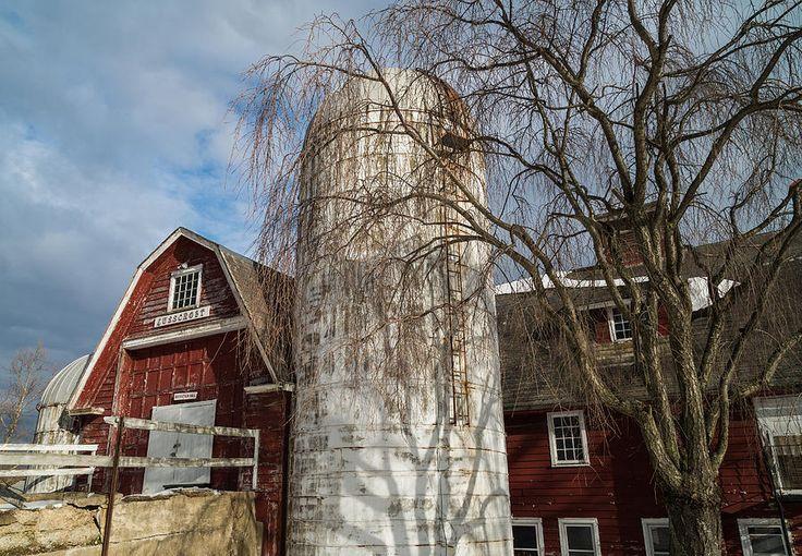 Exploring around Lusscroft Farm in Wantage, NJ.