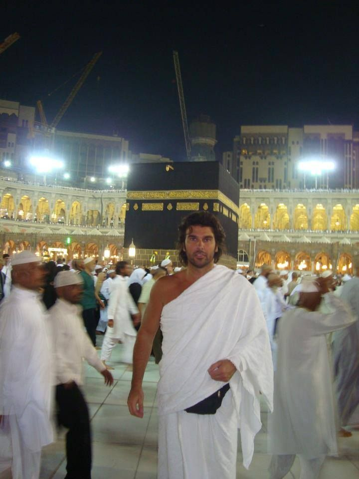 We are Muslims:  Istanbul,  A9 TV, Harun Yahya, Adnan Oktar, Shirt , t-shirt, jeans, Bag, Versace, Gucci, Louis Vuitton, D & G,  shoes,  Ferre, Fendi, Chanel, Jacket, pocket square, booties, man, woman, handsome, beautiful, chic, luxury, Porsche, Mercedes, BMW, Jaguar, mansion, bracelet, necklace, ring, earring, nail art, make up, belt , tie, Armani, Guess, Tom Ford, Burberry, Hermes, Christian Dior, Louboutin, Samsung, Apple, Vertu, gold, silver, parfum, Balenciaga, Prada, bangle, diamond