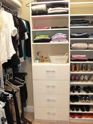 Best 25 walk in closet organization ideas ideas on for Small walk in closet organization ideas