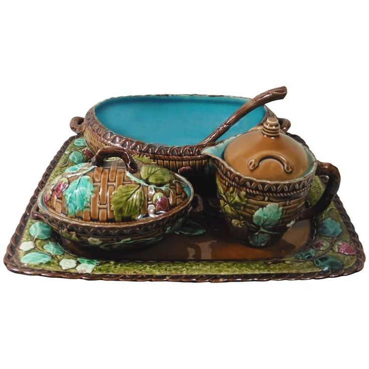 19th Majolica Strawberry Set Luneville | From a unique collection of antique and modern platters and serveware at https://www.1stdibs.com/furniture/dining-entertaining/platters-serveware/