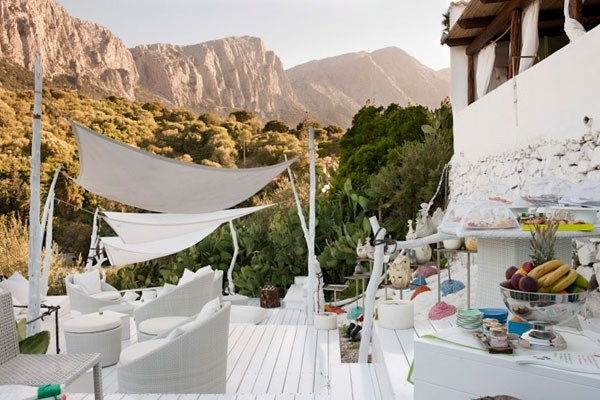 Su Gologone - Country Art Resort, Sardina - Hotel & Wedding Venue in Italy  #GettingMarriedinItaly.com