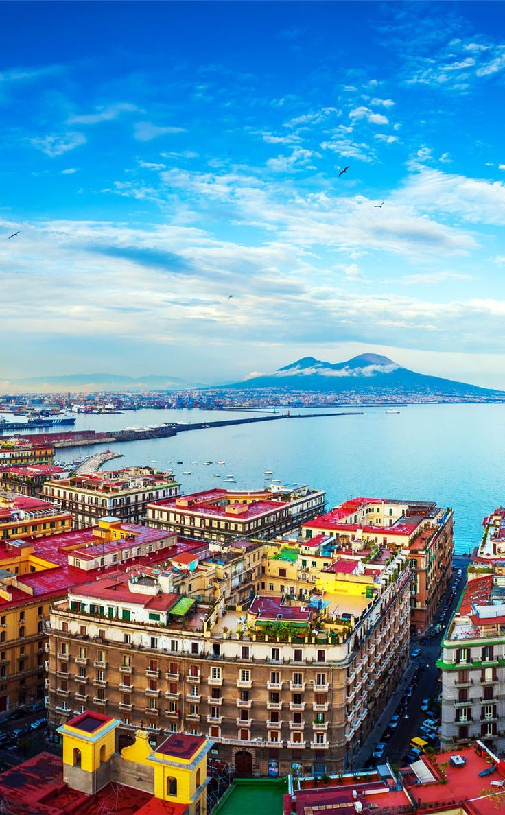 Baeutiful View of Naples and Mount Vesuvius  |  10 Amazing Places in Italy You Need To Visit