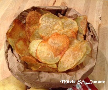 Chips di patate al forno - leggere e sfiziose