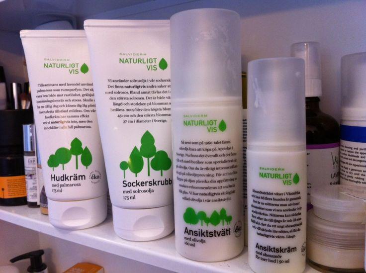 Billig ekologisk hudvård.Du behöver inte bli ruinerad för att du väljer eko. Det finns många billiga budgetmärken som erbjuder bra naturlig och ekologisk hudvård. Till exempel: 1. Salviderm…
