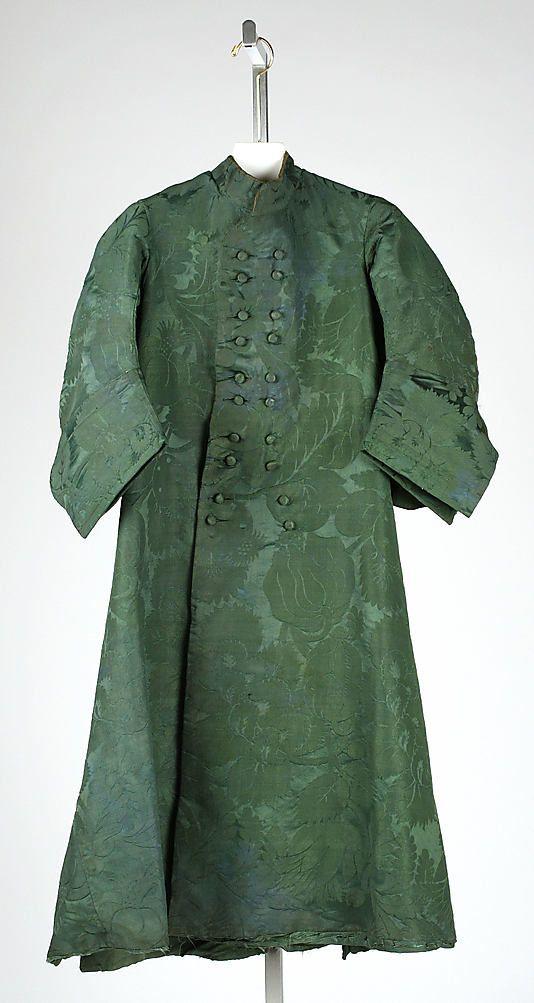 Man's green silk jacquard banyan (dressing gown), British, ca. 1740.