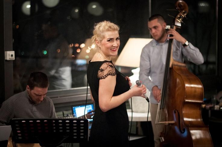 Šarmantna džez pjevačica Tatjana Topić održala koncert   Laktasi-info.com