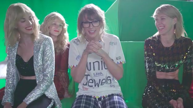News Videos & more -  Taylor Swift's New Behind-The-Scenes Video Shows How She Fought Her Former Selves #Music #Videos #News Check more at https://rockstarseo.ca/taylor-swifts-new-behind-the-scenes-video-shows-how-she-fought-her-former-selves/
