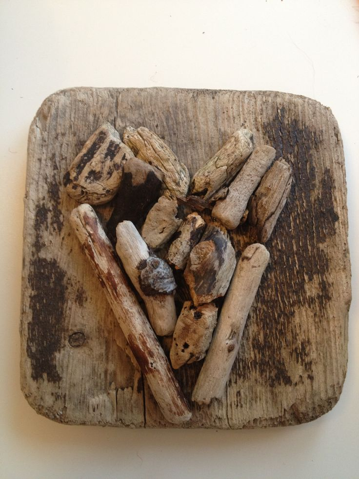 Rekved driftwood heart