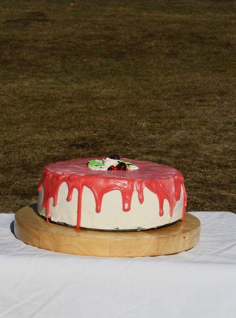 Delights: Tort cu crema de mascarpone si fructe de padure